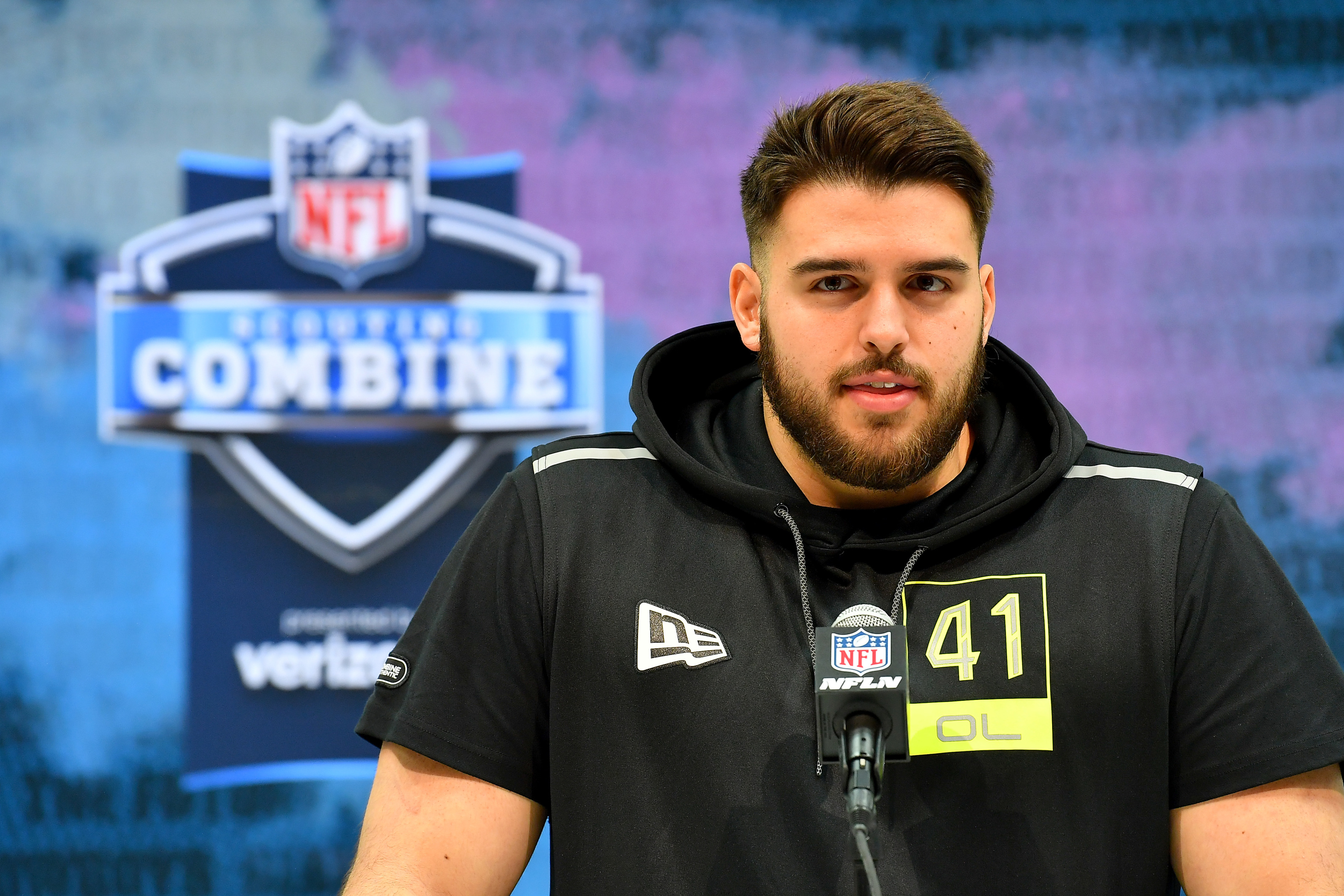 Jon Runyan Jr. could join his role model with the Tennessee Titans